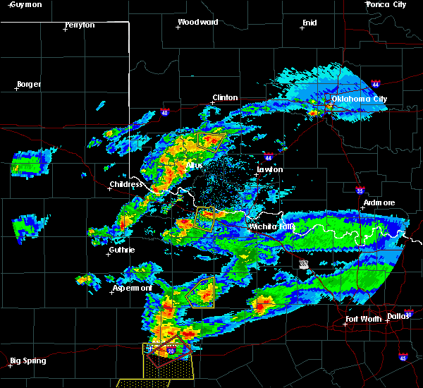 Radar Image for Severe Thunderstorms near Crowell, TX at 3/18/2020 8:06 PM CDT