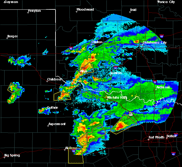 Radar Image for Severe Thunderstorms near Crowell, TX at 3/18/2020 8:40 PM CDT