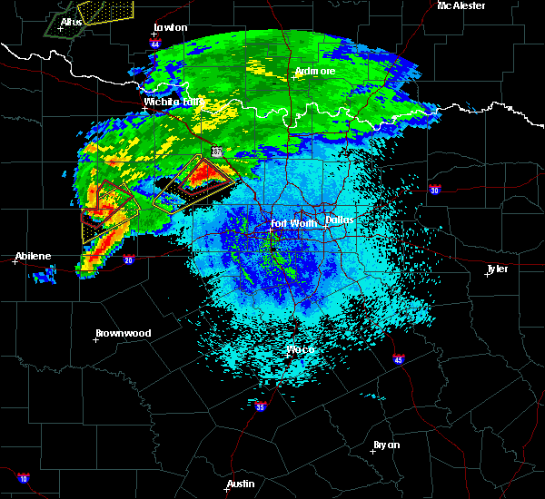 Radar Image for Severe Thunderstorms near Bridgeport, TX at 3/18/2020 9:11 PM CDT
