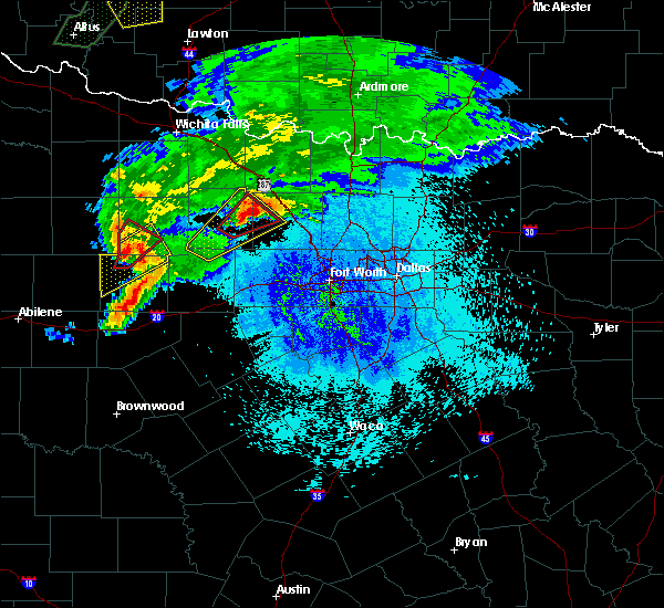 Radar Image for Severe Thunderstorms near Bridgeport, TX at 3/18/2020 9:28 PM CDT