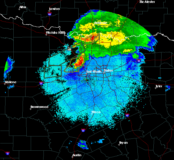 Radar Image for Severe Thunderstorms near Fort Worth, TX at 3/18/2020 11:34 PM CDT