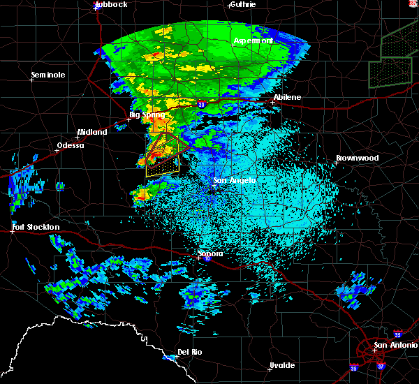 Radar Image for Severe Thunderstorms near Sterling City, TX at 3/18/2020 11:47 PM CDT
