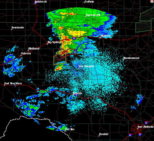 Radar Image for Severe Thunderstorms near Sterling City, TX at 3/18/2020 11:57 PM CDT