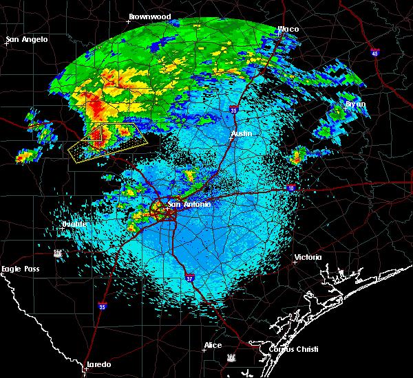 Radar Image for Severe Thunderstorms near Fredericksburg, TX at 3/19/2020 4:42 AM CDT