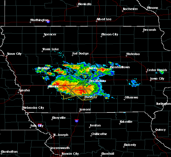 Radar Image for Severe Thunderstorms near Woodburn, IA at 6/24/2015 8:35 PM CDT