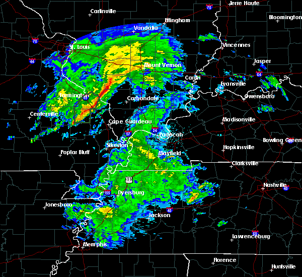 Radar Image for Severe Thunderstorms near Christopher, IL at 3/19/2020 3:30 PM CDT