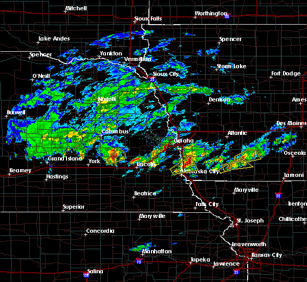 Radar Image for Severe Thunderstorms near Glenwood, IA at 3/19/2020 5:14 PM CDT