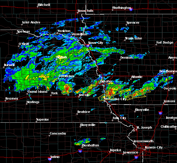 Radar Image for Severe Thunderstorms near Omaha, NE at 3/19/2020 5:21 PM CDT