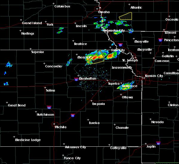 Radar Image for Severe Thunderstorms near Willis, KS at 3/19/2020 6:09 PM CDT