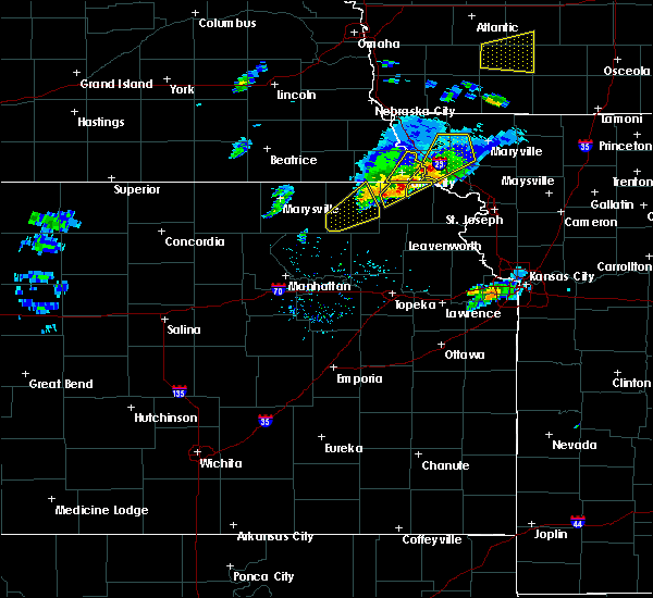 Radar Image for Severe Thunderstorms near Goff, KS at 3/19/2020 6:40 PM CDT