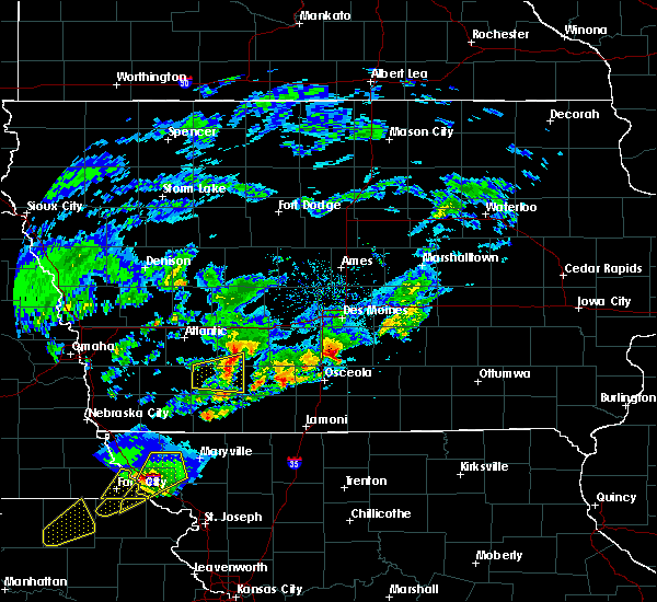 Radar Image for Severe Thunderstorms near Pleasantville, IA at 3/19/2020 6:50 PM CDT