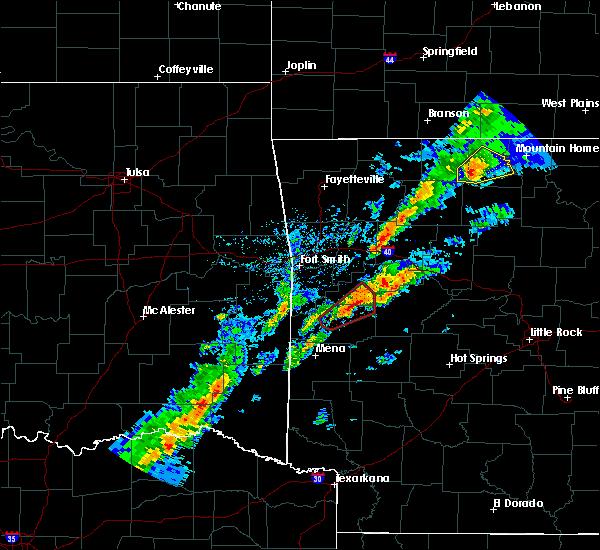 Radar Image for Severe Thunderstorms near Magazine, AR at 3/19/2020 7:04 PM CDT