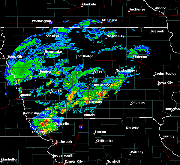 Radar Image for Severe Thunderstorms near Pleasantville, IA at 3/19/2020 7:11 PM CDT