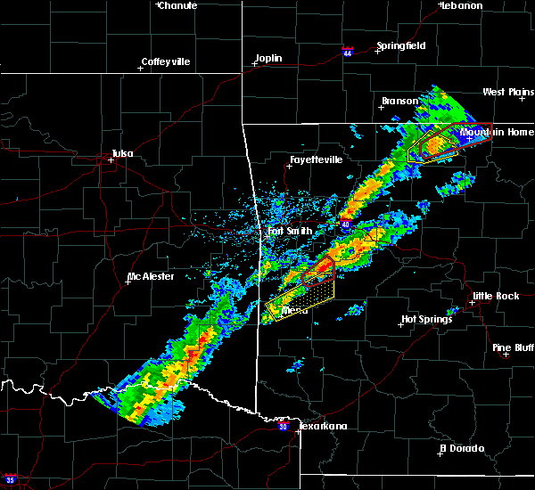 Radar Image for Severe Thunderstorms near Danville, AR at 3/19/2020 7:16 PM CDT