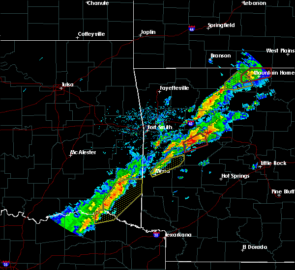 Radar Image for Severe Thunderstorms near Danville, AR at 3/19/2020 7:30 PM CDT