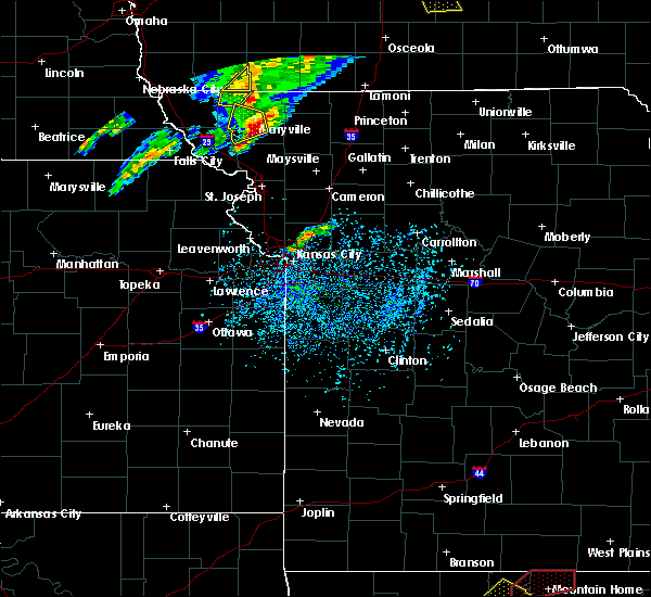 Radar Image for Severe Thunderstorms near Guilford, MO at 3/19/2020 7:33 PM CDT