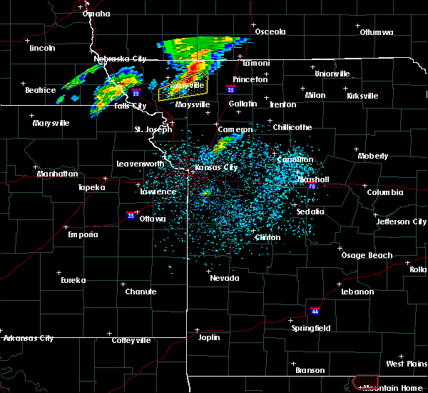 Radar Image for Severe Thunderstorms near Guilford, MO at 3/19/2020 7:55 PM CDT