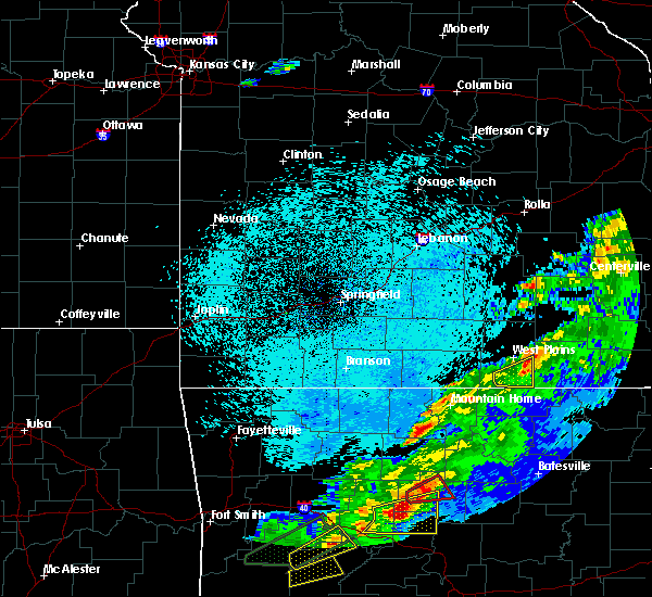 Radar Image for Severe Thunderstorms near Brandsville, MO at 3/19/2020 8:40 PM CDT