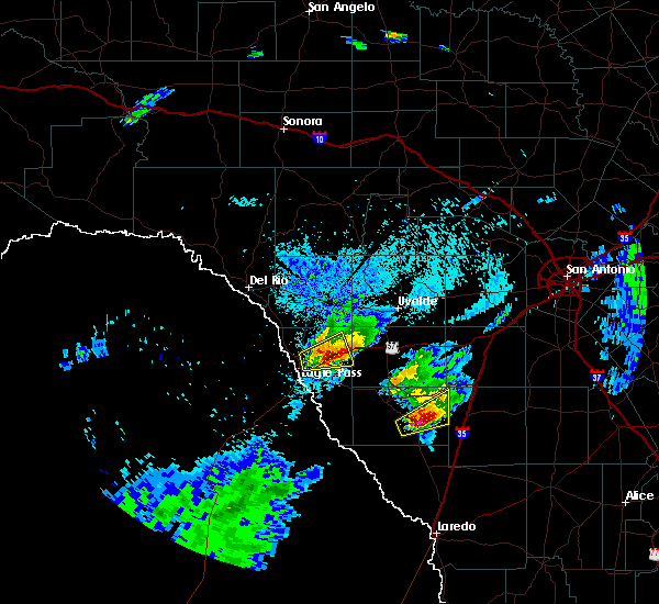 Radar Image for Severe Thunderstorms near Catarina, TX at 3/19/2020 8:42 PM CDT
