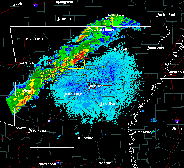 Radar Image for Severe Thunderstorms near Clinton, AR at 3/19/2020 8:49 PM CDT