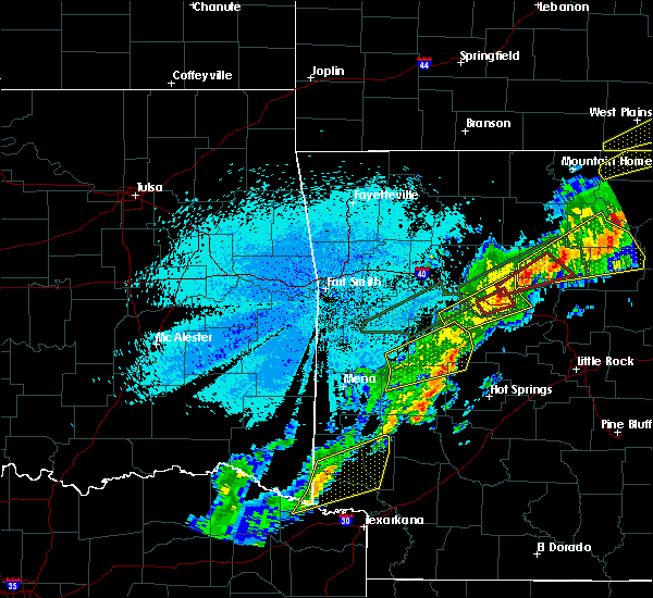 Radar Image for Severe Thunderstorms near Mineral Springs, AR at 3/19/2020 9:30 PM CDT