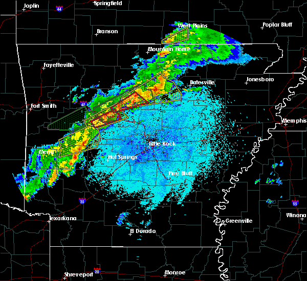 Radar Image for Severe Thunderstorms near Guion, AR at 3/19/2020 9:32 PM CDT
