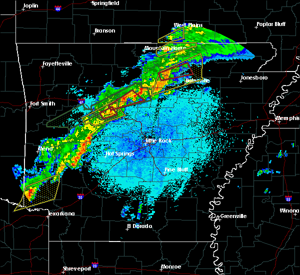 Radar Image for Severe Thunderstorms near Guion, AR at 3/19/2020 9:33 PM CDT