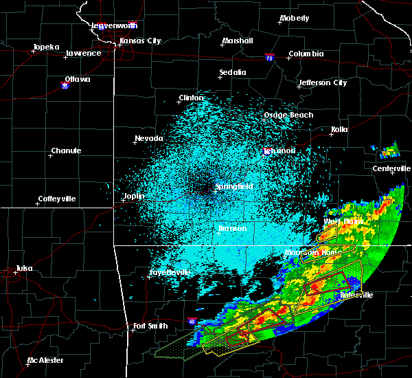 Radar Image for Severe Thunderstorms near Brandsville, MO at 3/19/2020 9:34 PM CDT