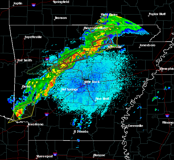 Radar Image for Severe Thunderstorms near Atkins, AR at 3/19/2020 9:43 PM CDT