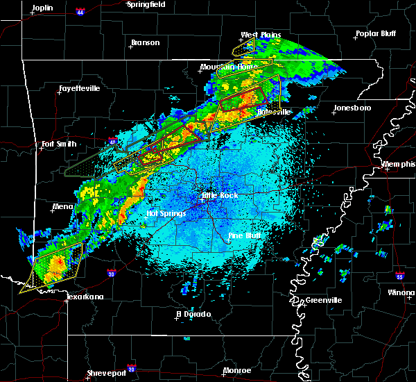 Radar Image for Severe Thunderstorms near Guion, AR at 3/19/2020 9:49 PM CDT