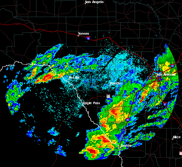 Radar Image for Severe Thunderstorms near Big Wells, TX at 3/19/2020 11:54 PM CDT