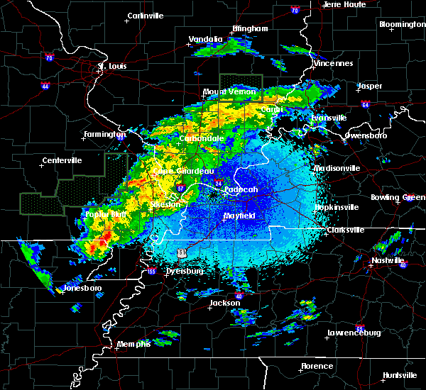Radar Image for Severe Thunderstorms near Bernie, MO at 3/20/2020 12:11 AM CDT