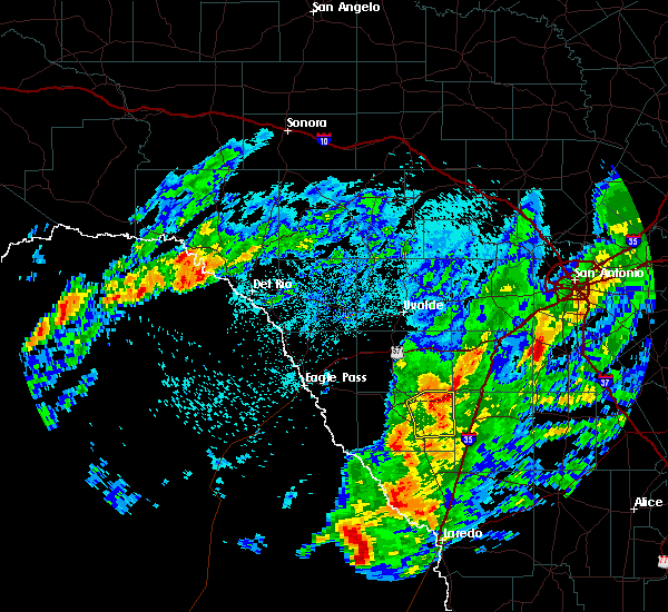 Radar Image for Severe Thunderstorms near Big Wells, TX at 3/20/2020 12:13 AM CDT