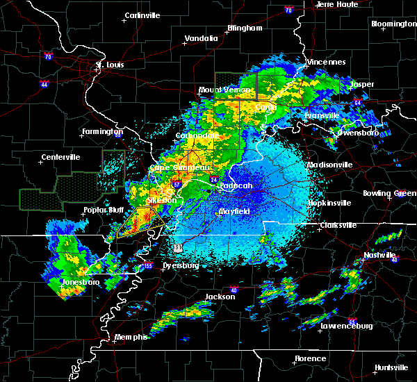 Radar Image for Severe Thunderstorms near New Madrid, MO at 3/20/2020 12:40 AM CDT