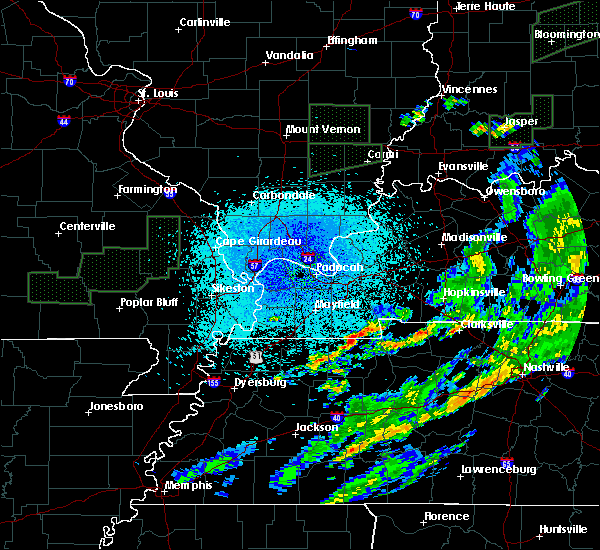 Radar Image for Severe Thunderstorms near Murray, KY at 3/20/2020 3:59 AM CDT