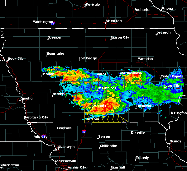 Radar Image for Severe Thunderstorms near Woodburn, IA at 6/24/2015 9:42 PM CDT