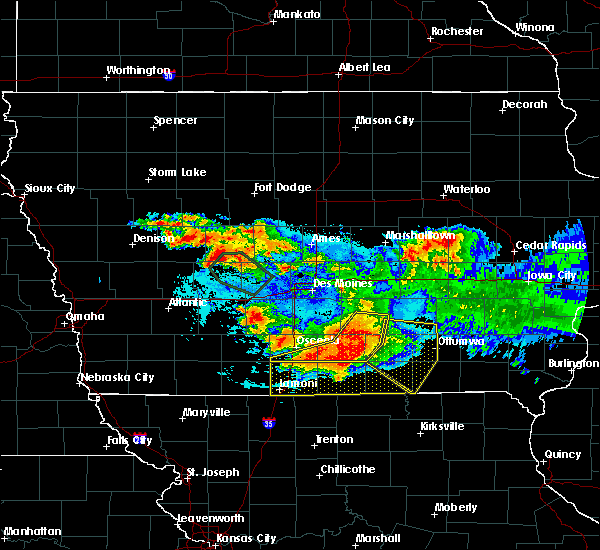 Radar Image for Severe Thunderstorms near Centerville, IA at 6/24/2015 9:48 PM CDT
