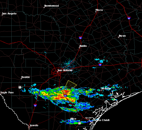 Radar Image for Severe Thunderstorms near Floresville, TX at 3/21/2020 10:11 AM CDT