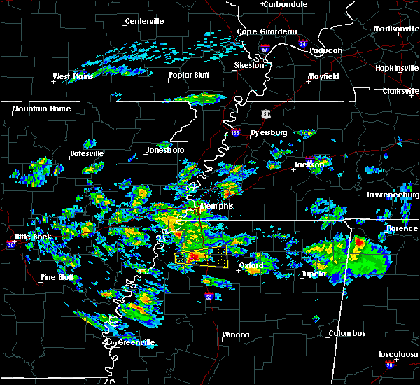 Radar Image for Severe Thunderstorms near Senatobia, MS at 3/22/2020 11:20 PM CDT