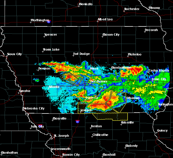 Radar Image for Severe Thunderstorms near Humeston, IA at 6/24/2015 10:03 PM CDT