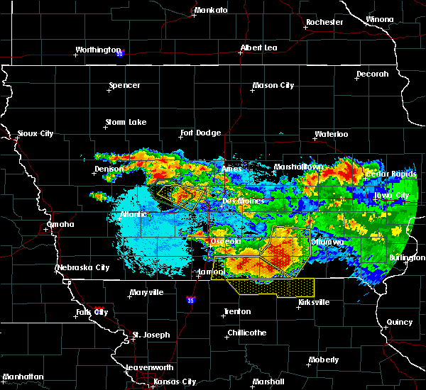Radar Image for Severe Thunderstorms near Centerville, IA at 6/24/2015 10:18 PM CDT