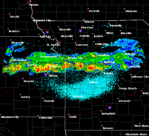 Radar Image for Severe Thunderstorms near La Monte, MO at 3/26/2020 11:54 PM CDT