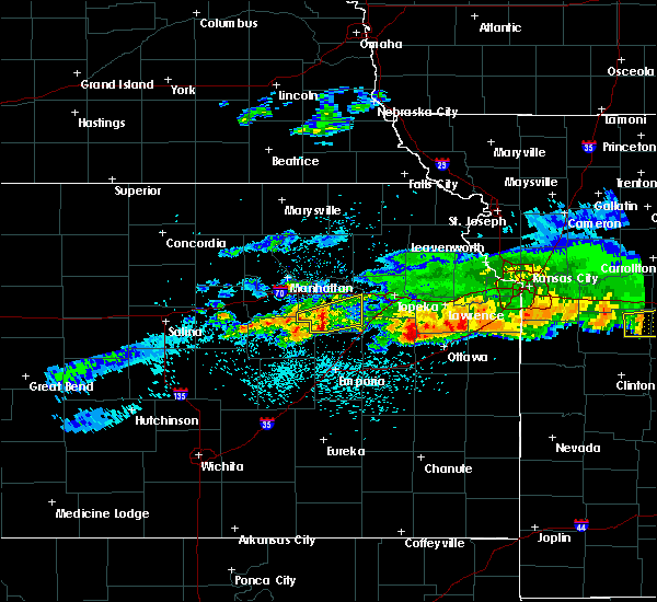 Radar Image for Severe Thunderstorms near Eskridge, KS at 3/27/2020 12:03 AM CDT
