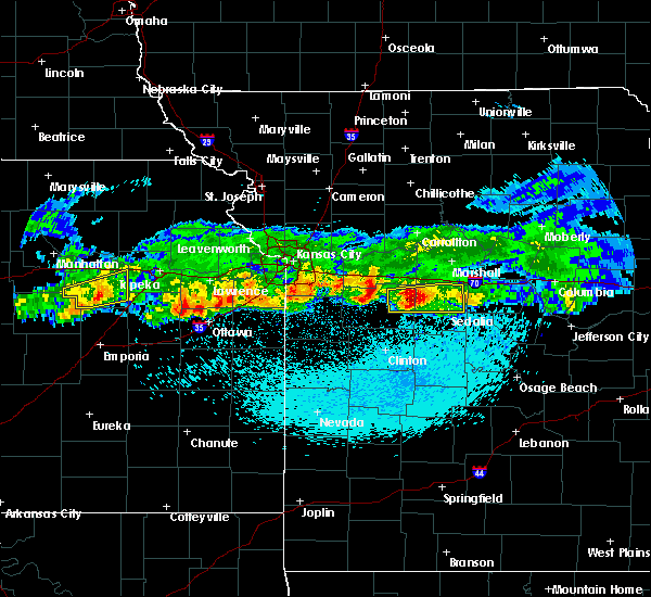 Radar Image for Severe Thunderstorms near La Monte, MO at 3/27/2020 12:06 AM CDT
