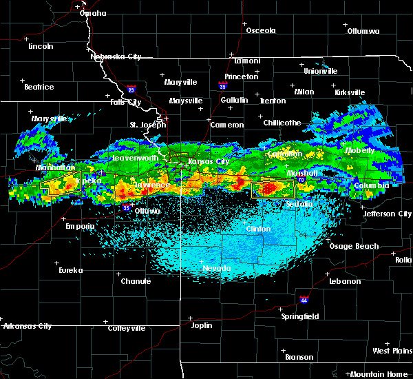 Radar Image for Severe Thunderstorms near La Monte, MO at 3/27/2020 12:12 AM CDT