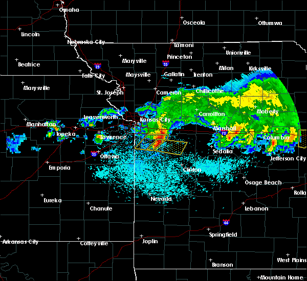 Radar Image for Severe Thunderstorms near Warrensburg, MO at 3/27/2020 2:05 AM CDT