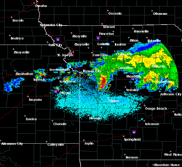 Radar Image for Severe Thunderstorms near Warrensburg, MO at 3/27/2020 2:22 AM CDT
