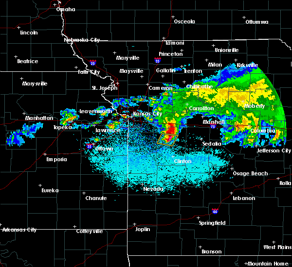 Radar Image for Severe Thunderstorms near La Monte, MO at 3/27/2020 2:25 AM CDT