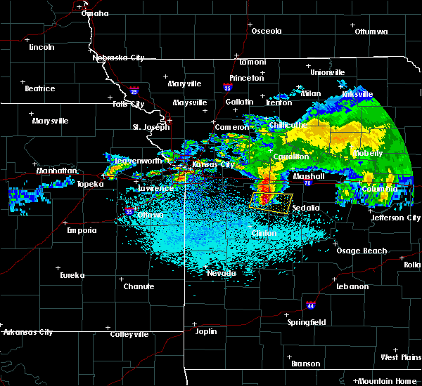Radar Image for Severe Thunderstorms near La Monte, MO at 3/27/2020 2:41 AM CDT