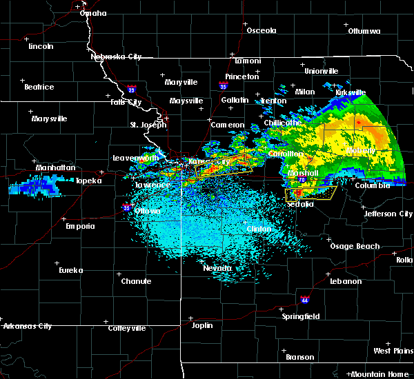 Radar Image for Severe Thunderstorms near Prairie Home, MO at 3/27/2020 3:05 AM CDT